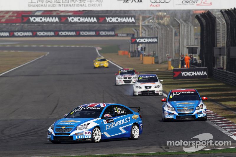 Robert Huff, Chevrolet Cruze 1.6T, Chevrolet voor Alain Menu, Chevrolet Cruze 1.6T, Chevrolet