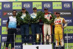 2nd position Alain Menu, Chevrolet Cruze