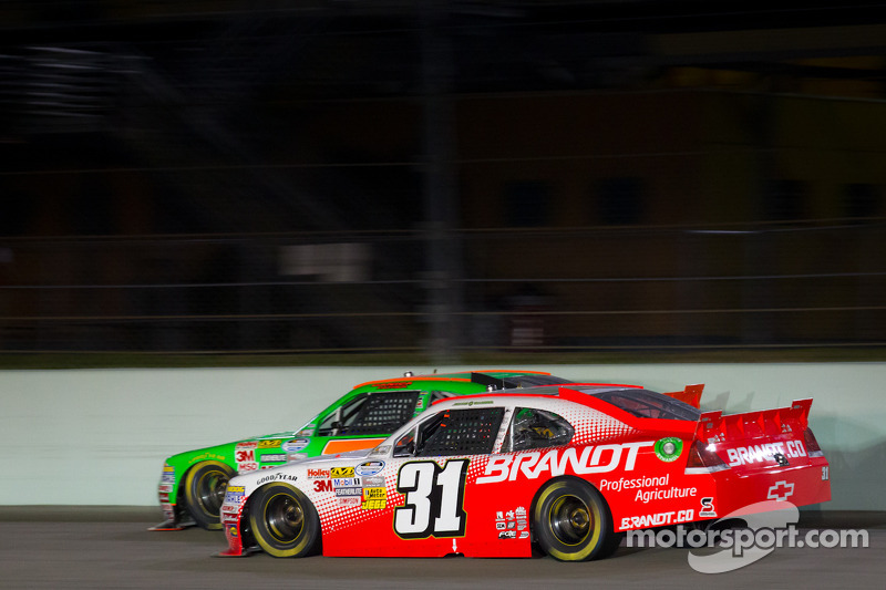 Danica Patrick, JR Motorsports Chevrolet and Justin Allgaier, Turner Motorsports Chevrolet
