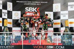 Podyum: Yarış galibi Chaz Davies, Ducati Team, 2.  Jonathan Rea, Kawasaki Racing, 3. Tom Sykes, Kawasaki Racing