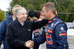 Президент FIA Жан Тодт и гонщик Team Peugeot Hansen Себастьен Лёб
