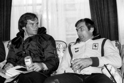 Peter Windsor, Journalist with race winner Carlos Reutemann, Ferrari