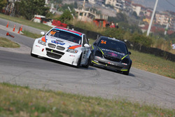 #16 Tahir Bilge, BMW 320, #24 Emir Ay, Honda Civic Type-R