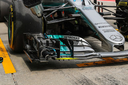 Mercedes F1 W08 ön kanat