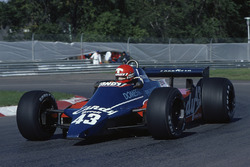 Mike Thackwell, Tyrrell 010