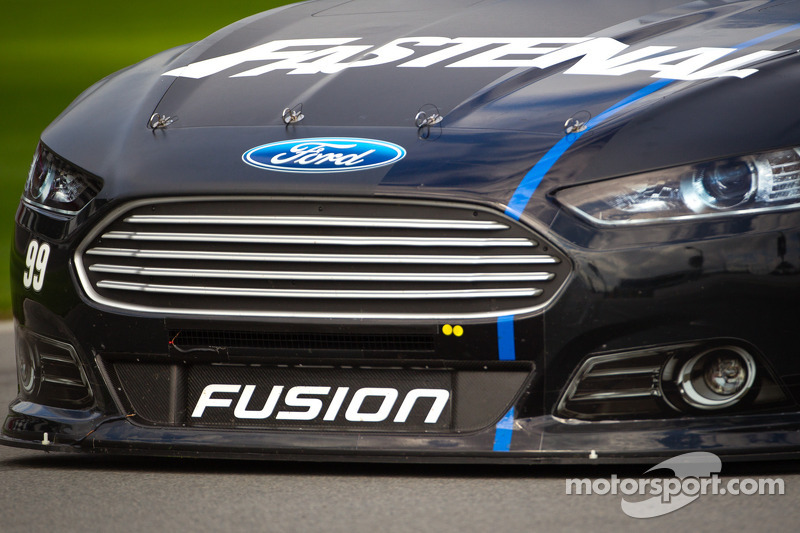 Carl Edwards, Roush Fenway Racing Ford, front detail
