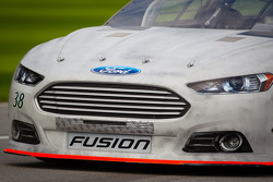 Josh Wise, Front Row Motorsports Ford, front end detail