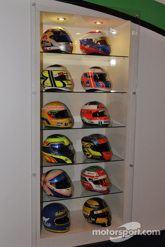 F1; Capacetes