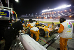 PIt stop for #8 Starworks Motorsport Ford Riley: Gaetano Ardagna, Jan Charouz, Brendon Hartley, Scott Mayer, Ivan Bellarossa