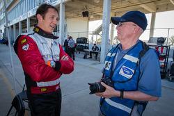 Spencer Pumpelly mit Joe Jennings von Motorsport.com