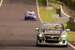#3 Holden Astra HSV VX-R: Ivo Breukers, Morgan Haber, Damien Ward