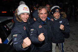 Winners Sébastien Ogier and Julien Ingrassia, Volkswagen Polo WRC, Volkswagen Motorsport celebrate with Carlos Sainz
