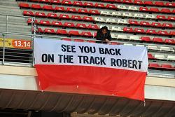 Bandeira para Robert Kubica (POL)