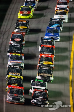 Restart: Todd Bodine and Kyle Busch lead the field