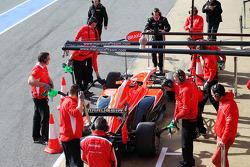 Jules Bianchi, Marussia F1 Team MR02 en los pits