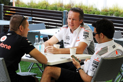 Sam Michael, McLaren Sporting Director with Sergio Perez, McLaren