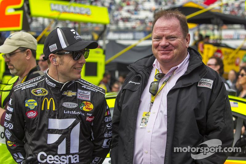 Jamie McMurray, Earnhardt Ganassi Racing Chevrolet and Chip Ganassi