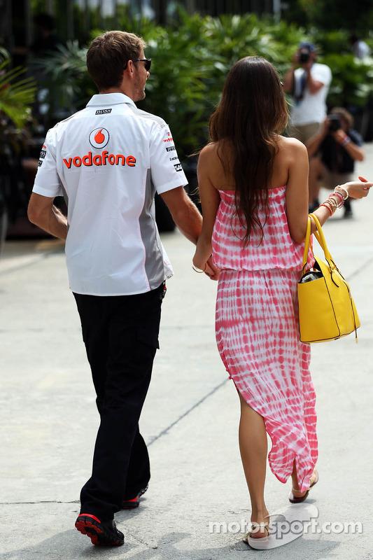 Jessica Michibata, com o namorado Jenson Button, McLaren
