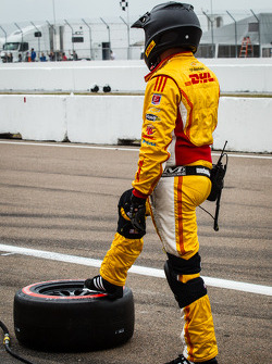 Andretti Autosport team ready for a pit stop
