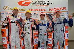 GT500 race winners Takuya Izawa and Takashi Kogure and GT300 winners Katsuyuki Hiranaka and Bjorn Wirdheim
