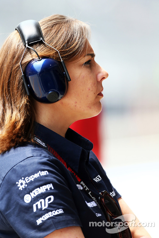 Claire Williams, vice-diretora da equipe Williams