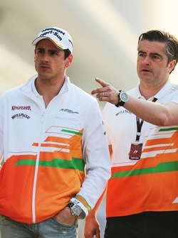 Adrian Sutil, Sahara Force India F1, com Paul di Resta