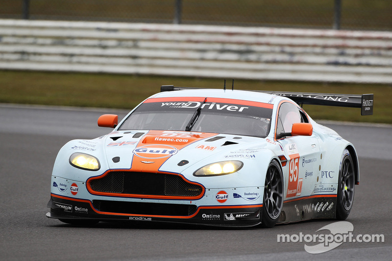 Christoffer Nygaard, Kristian Poulsen, Allan Simonsen, Aston Martin Vantage V8