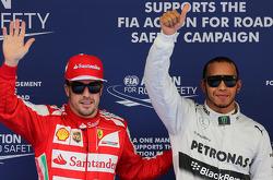 Fernando Alonso, Scuderia Ferrari e Lewis Hamilton, Mercedes Grand Prix Formula 1 Campeão Mundial, Rd 3, GP da China, Xangai, China, Dia de Classificação. - www.xpbimages.com, EMail: requests@xpbimages.com - cópia da publicação exigida para impressão