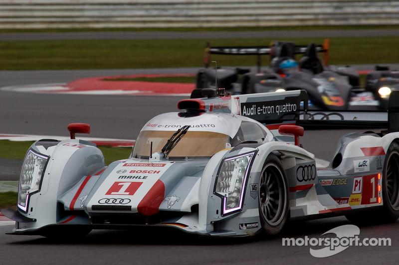#1 Audi Sport Team Joest Audi R18 e-tron quattro: Andre Lotterer, Benoit Tréluyer, Marcel Fässler