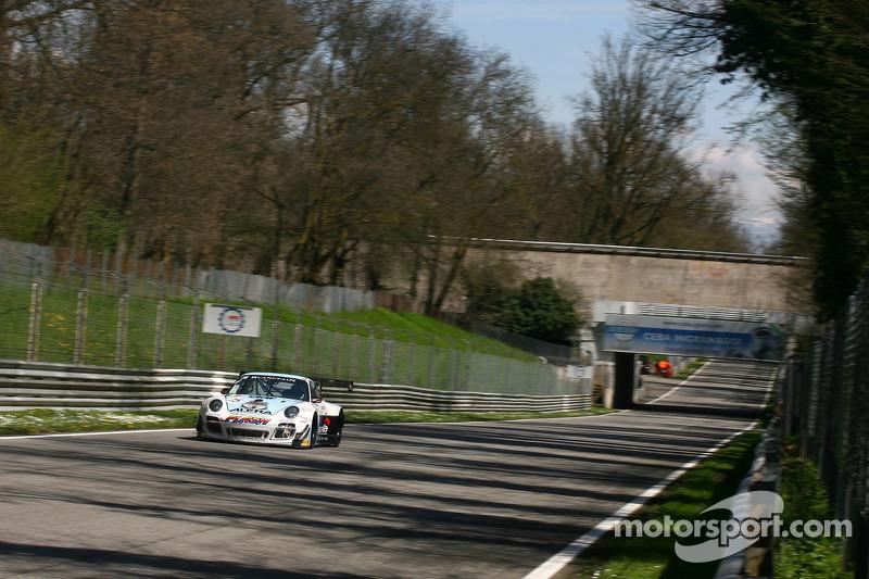 #75 ProSpeed Competition Porsche 997 GT3 R: Maxime Soulet, Xavier Maassen, Marc Hennerici