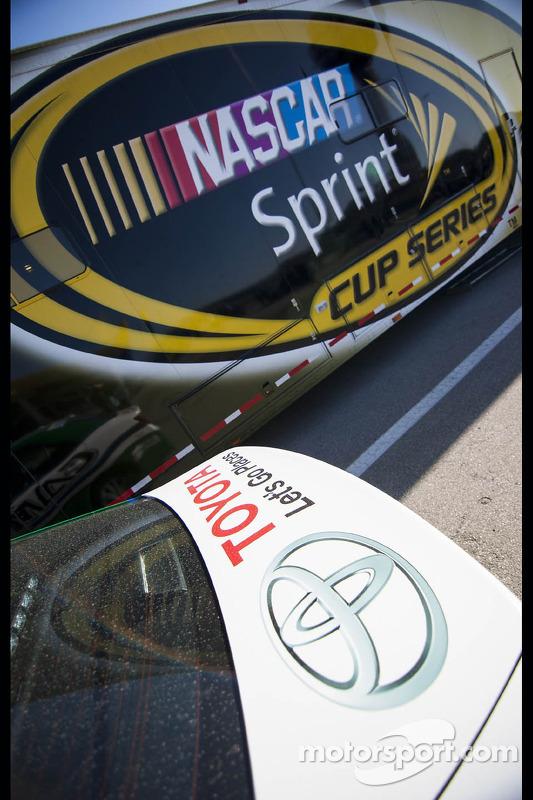 NASCAR hauler detalhe