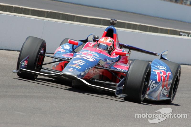 James Hinchcliffe, Andretti Autosport Chevrolet in Marco Andretti's car