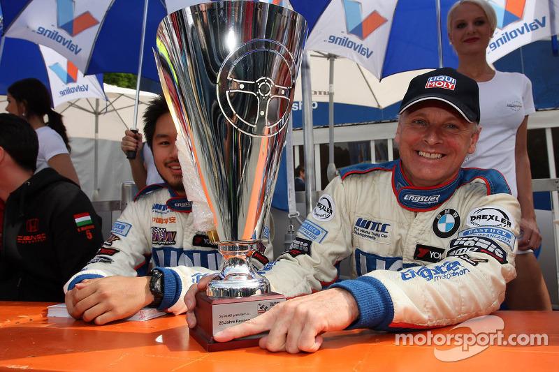Charles Ng, BMW E90 320 TC, Liqui Moly Team Engstler en Franz Engstler, BMW E90 320 TC, Liqui Moly Team