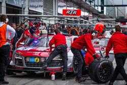 Pit stop #15 Audi corrida experience Audi R8 LMS ultra (SP9): Rahel Frey, Dominique Bastien, Ronnie Saurenmann, Alex Yoong