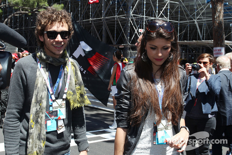 Valentino Rossi, Moto GP rider with his girlfriend Linda Morselli, on the grid