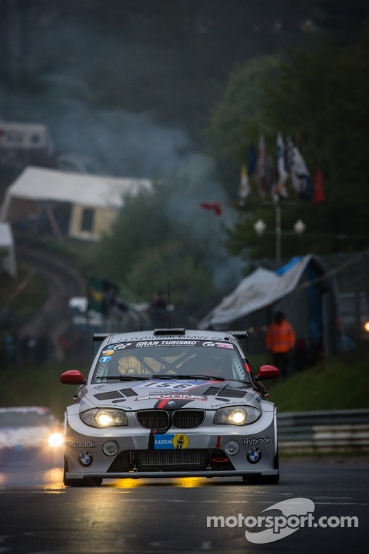 #156 Isla Racing BMW 135D GTR (D3T): Nick Barrow, Clint Bardwell, Neil Primrose