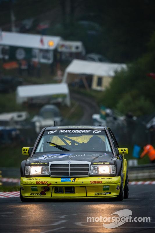 #132 Intax Motorsport Mercedes-Benz 190 E 2.5-16 AMG (SP4): Jörg Hatscher, Thorsten Stadler, Sebastian Sauerbrei