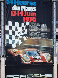 Porsche banner advertising campaign
