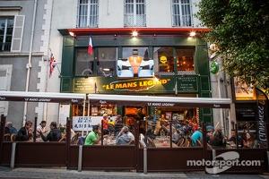 The famous 'Le Mans Legend Café' in downtown Le Mans