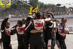 Roush Fenway Racing crew members celebrate