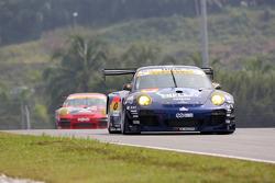 #0 Team Taisan Ken Endless Porsche 911 GT3 R: Kyosuke Mineo, Naoki Yokomizo