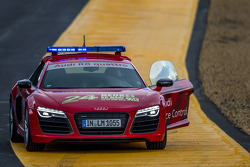 Audi R8 safety car at Indianapolis before the session starts