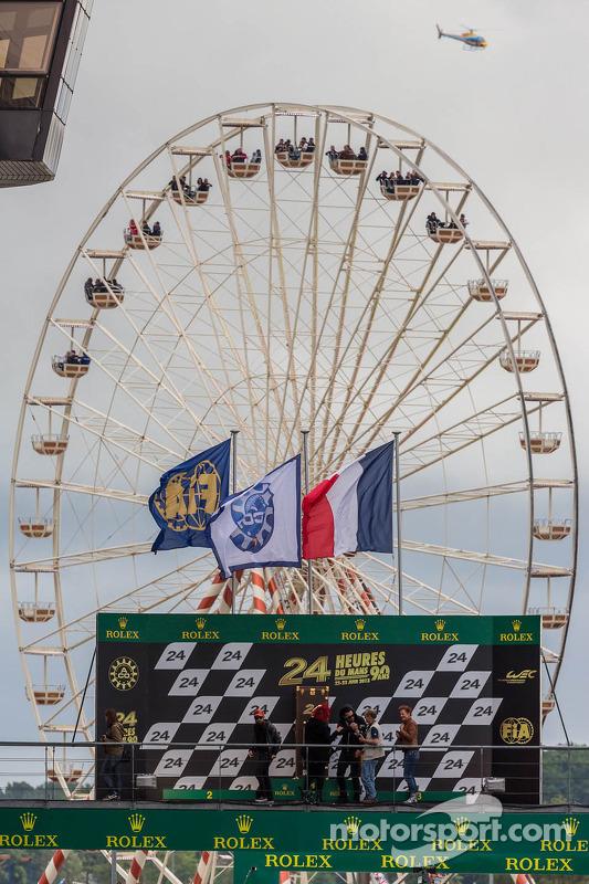 Roda Gigante enquadrada no pódio da Le Mans