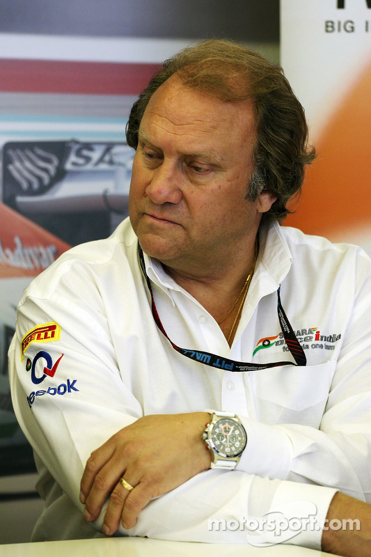 Robert Fernley, Sahara Force India F1 Team Sub-chefe de equipe em um TW Steel media call.