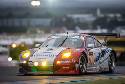 #76 IMSA Performance Matmut Porsche 911 GT3-RSR: Raymond Narac, Jean-Karl Vernay, Christophe Bourret