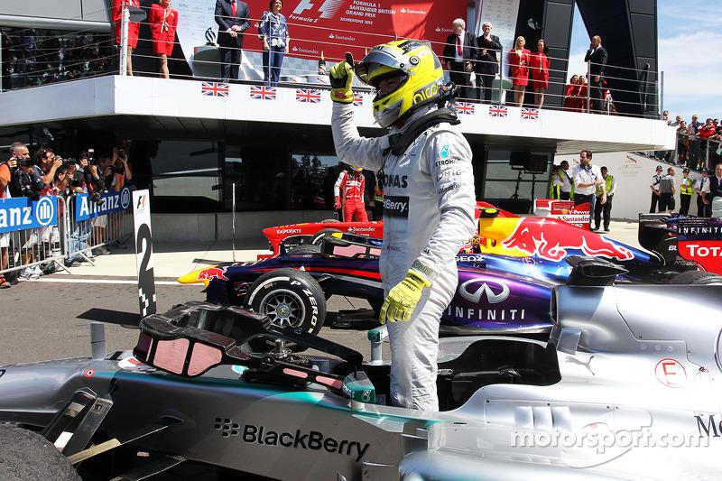 Race winner Nico Rosberg Mercedes AMG F1 W04 celebrates in parc ferme