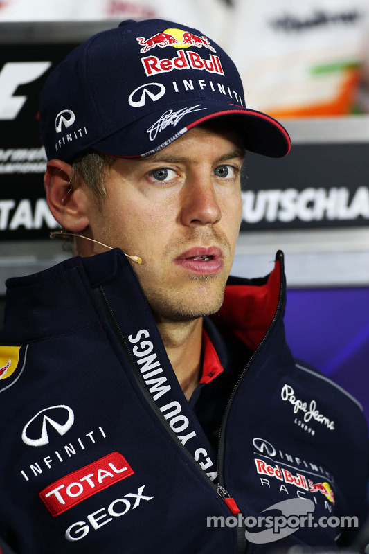 Sebastian Vettel, Red Bull Racing na coletiva