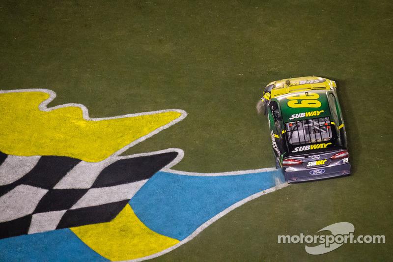 Carl Edwards, Roush Fenway Racing Ford na zijn crash