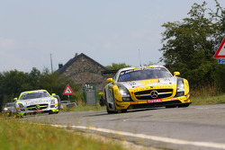 #19 Black Falcon, Mercedes-Benz SLS AMG GT3: Andrii Lebed, Sergei Afanasiev, Andreas Simonsen, Francesco Castellacci