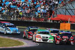 Stefano DAste, BMW 320 TC, PB Racing e Marc Basseng, SEAT LeonWTCC, ALL-INKL.COM Munnich Motorsport